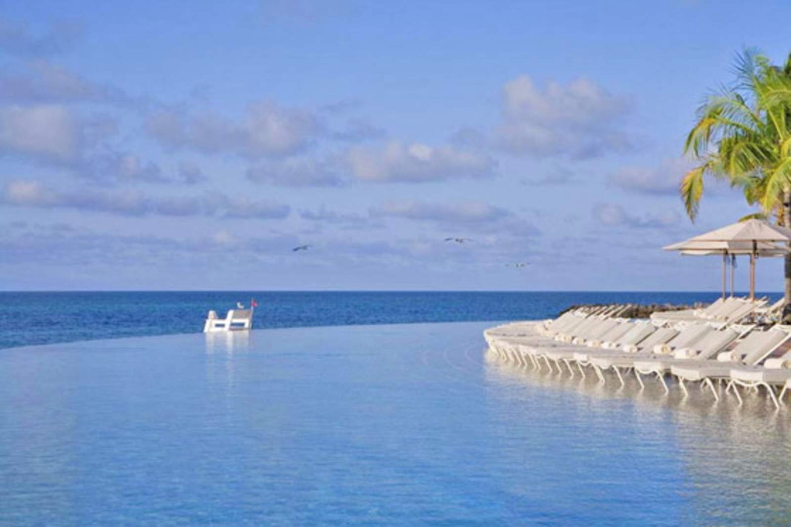 Entspannen am Pool vom Grand Lucayan Resort****