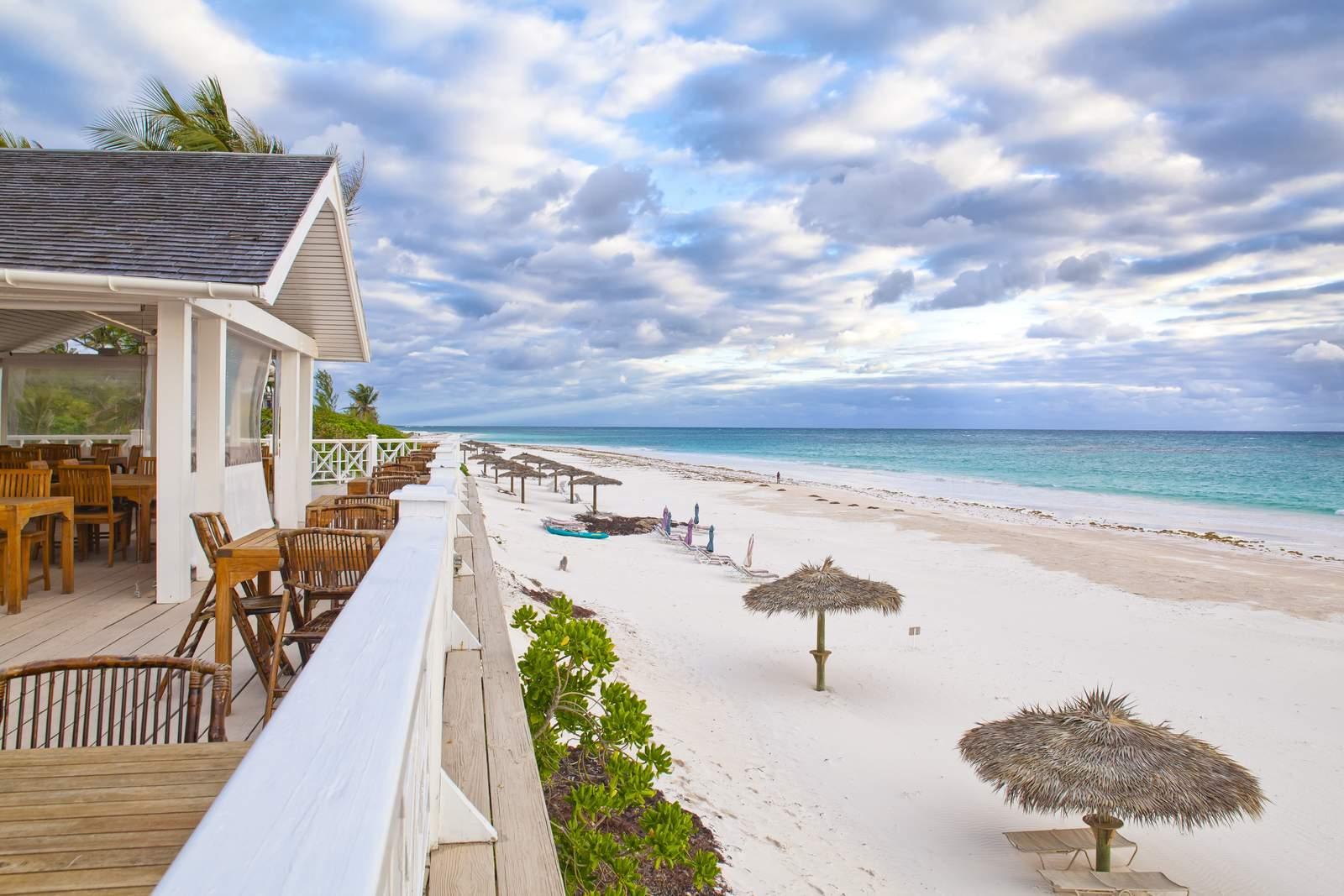 Coral Sands****, Harbour Island, Restaurant