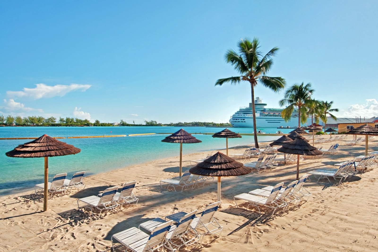Strand vom British Colonial Hilton****, Nassau