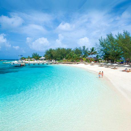 Sandals Royal Bahamian Spa Resort & Offshore Island, Sicht auf den Strand