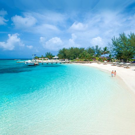 Sandals Royal Bahamian Spa Resort & Offshore Island, Sicht auf den Strand