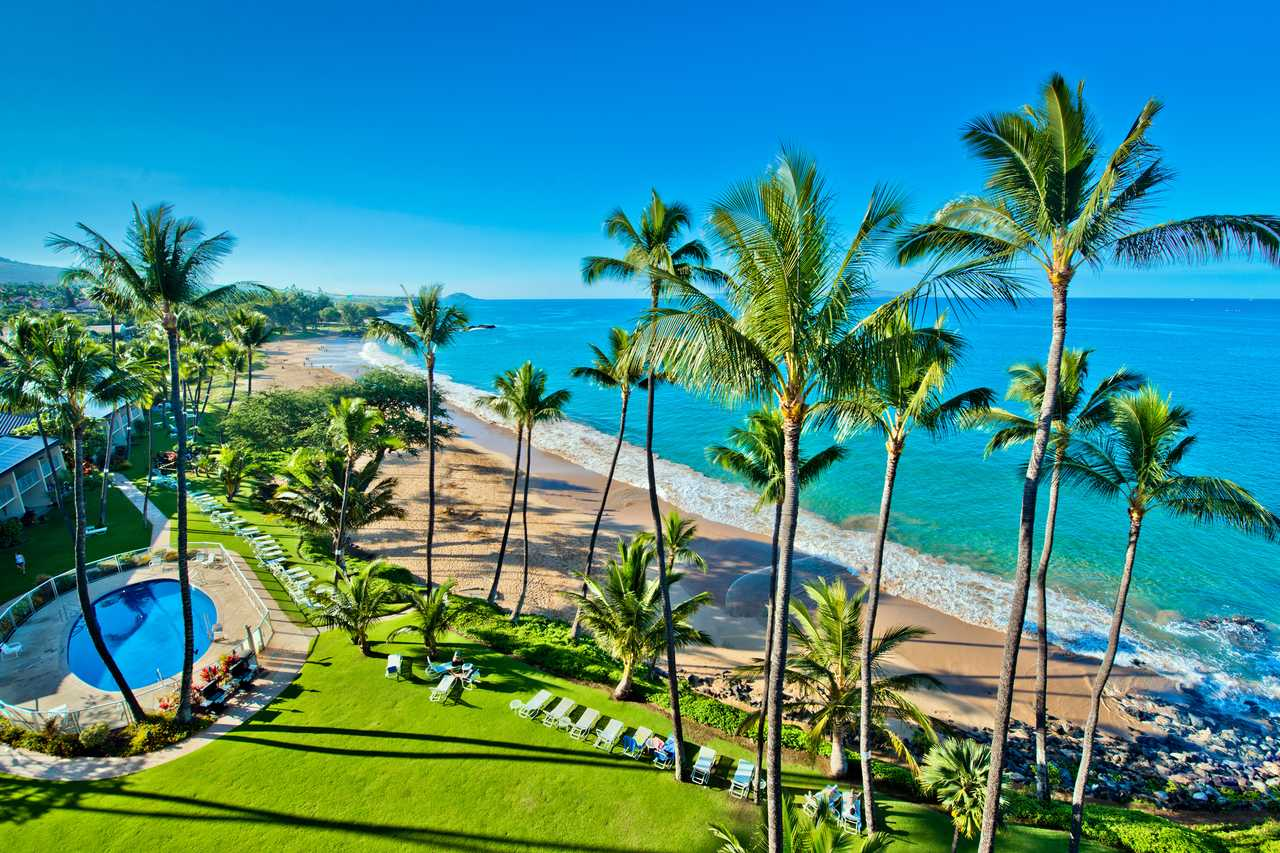 Der Strand vor dem Hale Pau Hana Resort