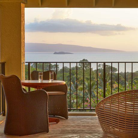 Der Blick vom Balkon des Wailea Hotels auf Maui