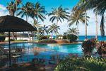 Poollandschaft mit Blick aufs Meer auf Molokai, Hawaii