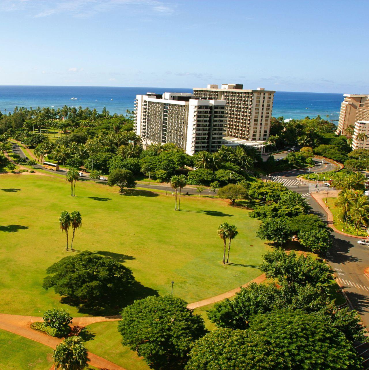 hotel hawaii luana waikiki hotel and suites canusa. Black Bedroom Furniture Sets. Home Design Ideas