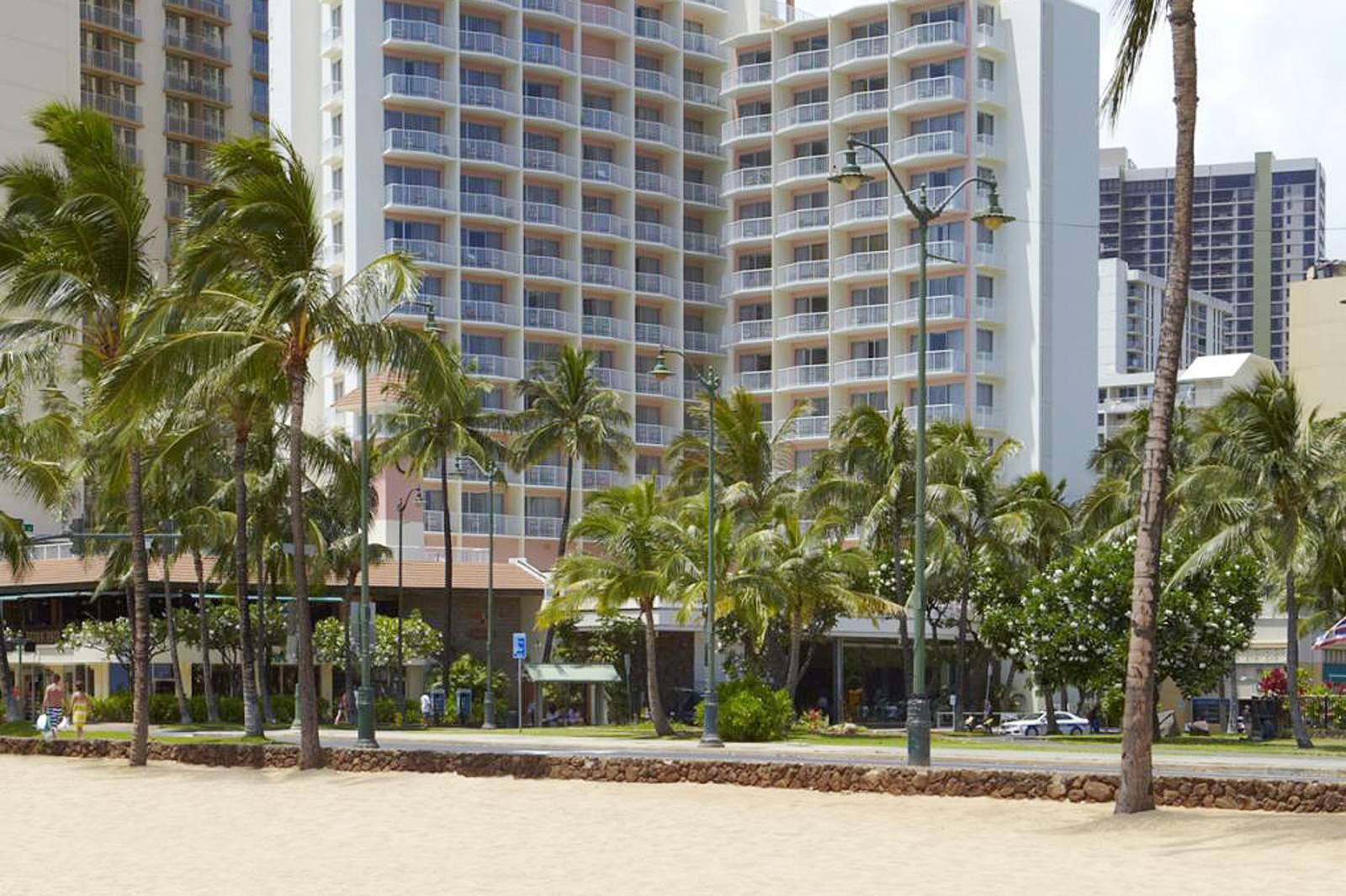 Park Shore Hotel