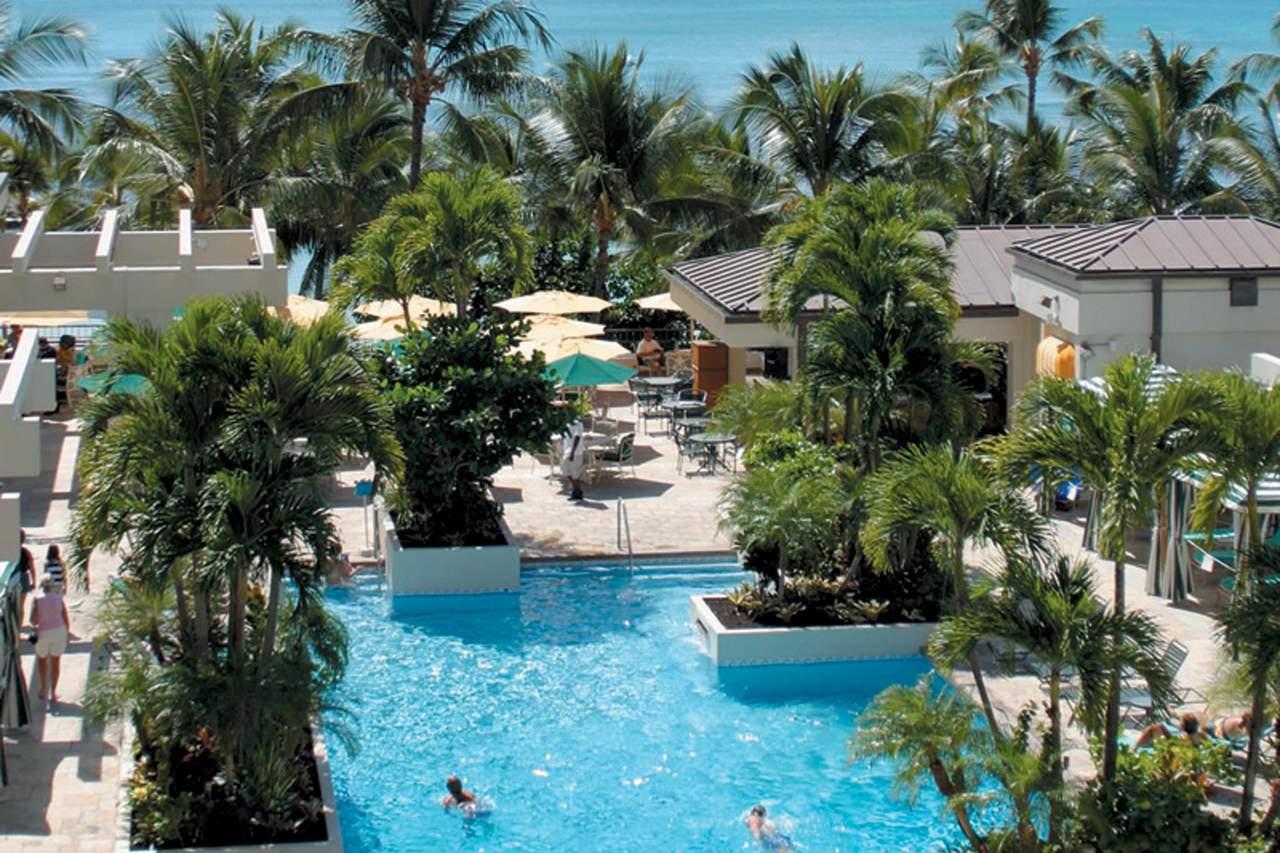 Waikiki Beach Marriott Resort Spa  Kalakaua Avenue