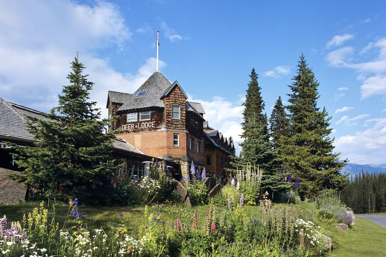 Impression Deer Lodge