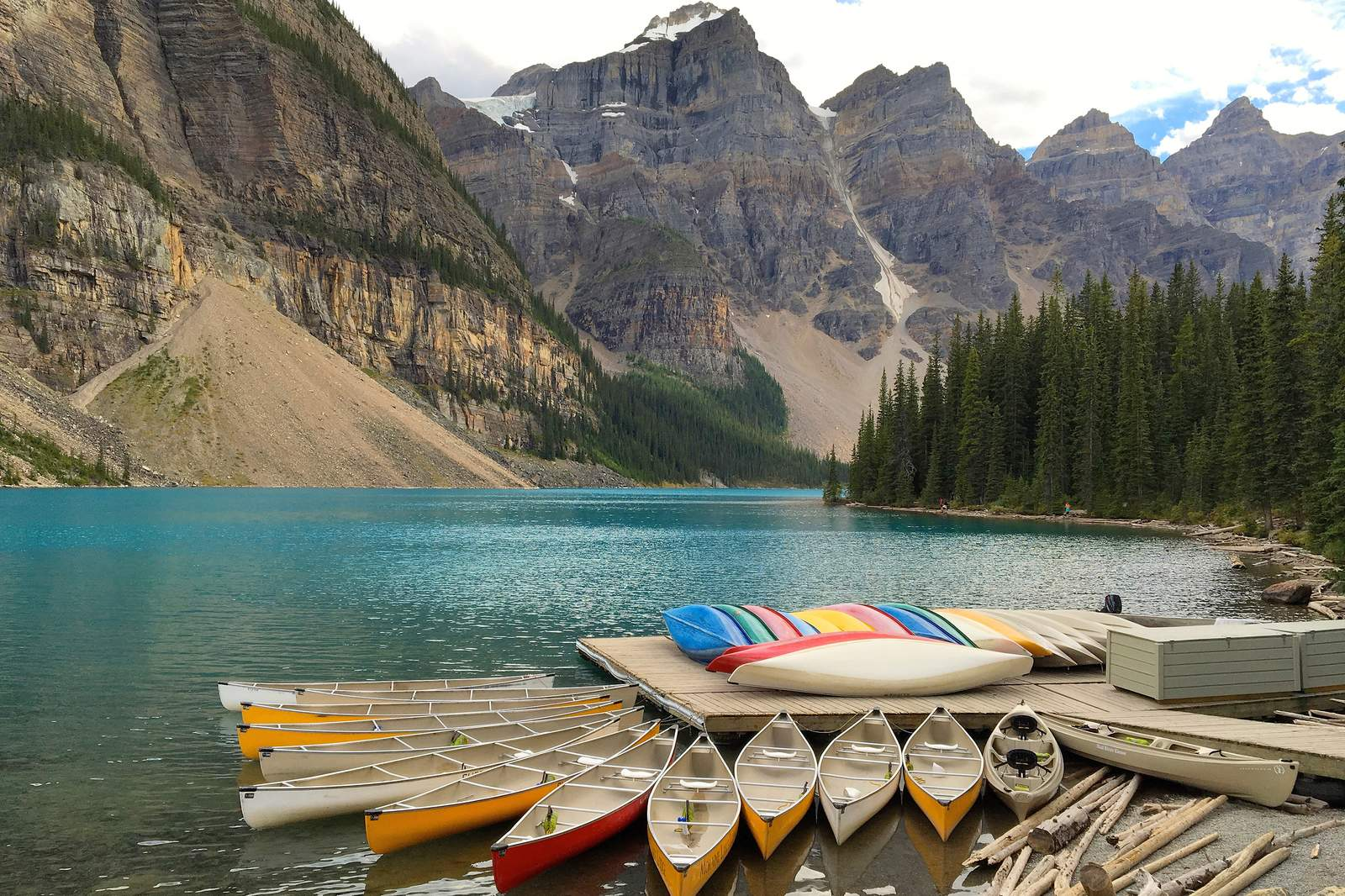Kanuanleger am Moraine Lake