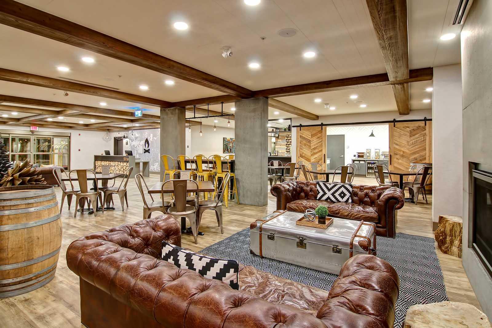 Lobby mit Café