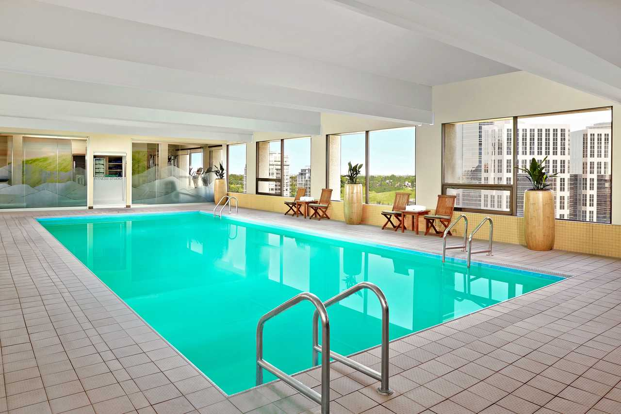 Hotel Alberta Westin Hotel Canusa