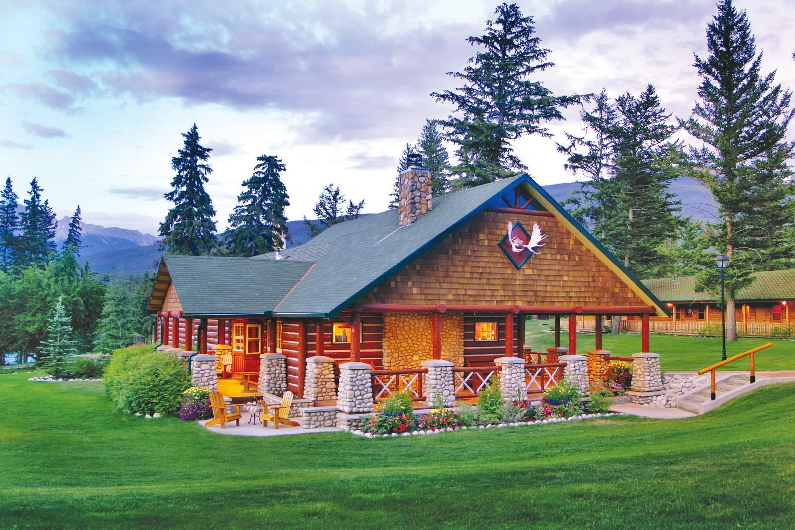 Gardener's Signature Cabin