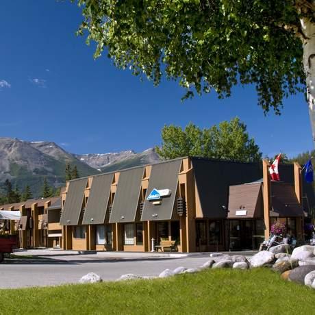 Marmot Lodge