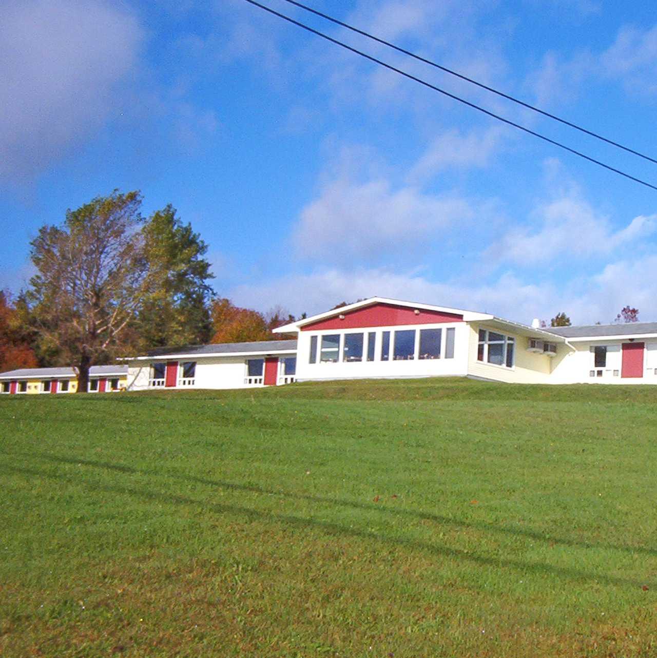 Hotel Nova Scotia Cabot Trail Motel Canusa border=