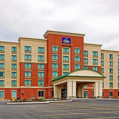 Airport Holiday Inn Express
