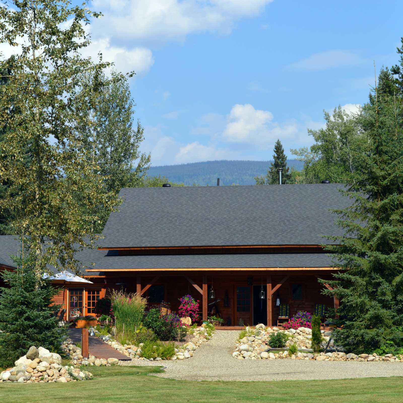 B & B: Moul Creek Lodge
