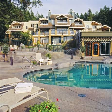 Poets Cove Resort (South Pender Island)