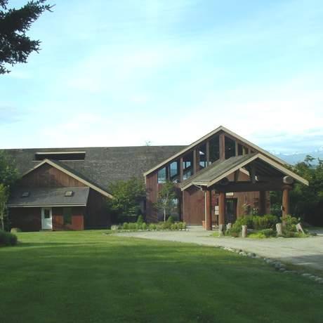 Tsa-kwa-Luten Lodge
