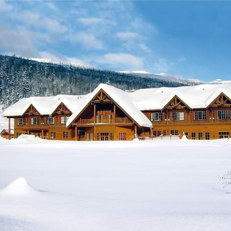 Glacier House Hotel & Resort in British Columbia