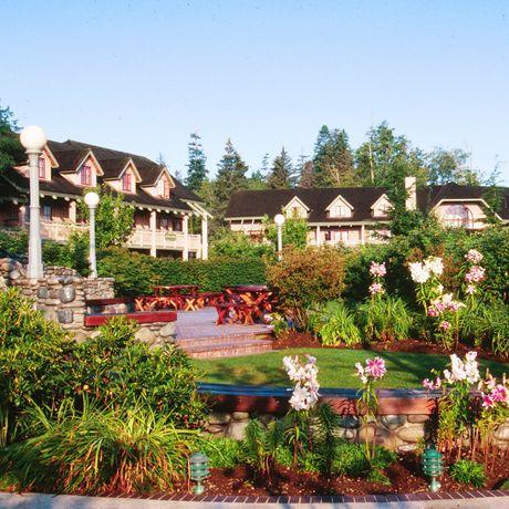 Painter's Lodge Holiday & Fishing Resort