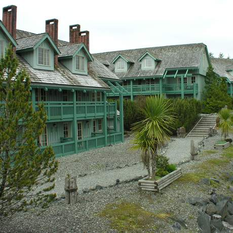 Canadian Princess Lodge