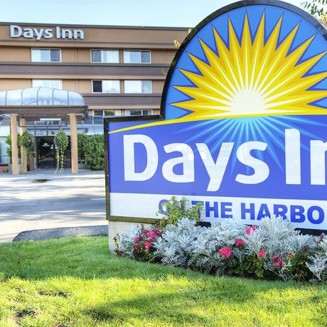 Days Inn - Victoria on the harbour