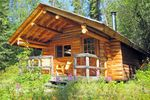 Die Frances Lake Wilderness Lodge im Yukon