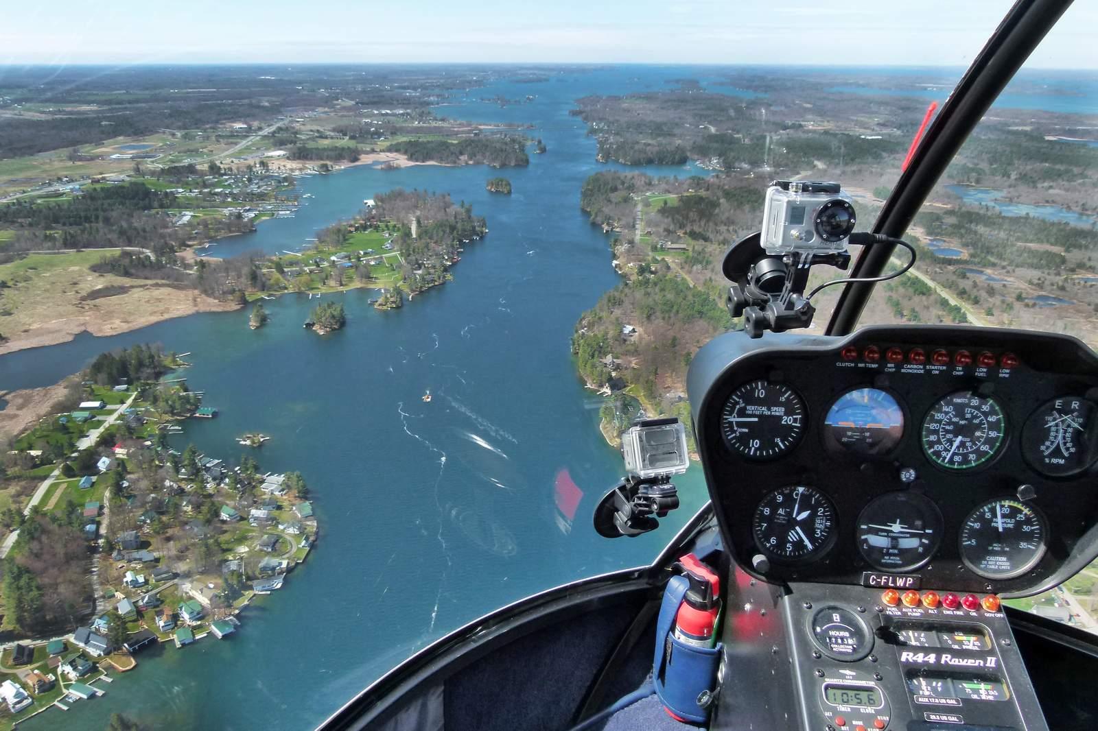 Blick auf die 1000 Islands aus dem Helikopter in St. Kingston, Ontario