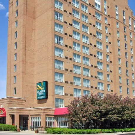 Airport Quality Hotel & Suites East