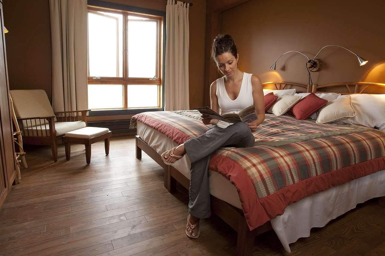 Ein Hotelzimmer der Chic-Chocs Mountain Lodge in Quebec