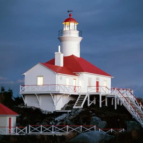 Lighthouse Pot a L'Eau de Vie - Societe Duvetnor