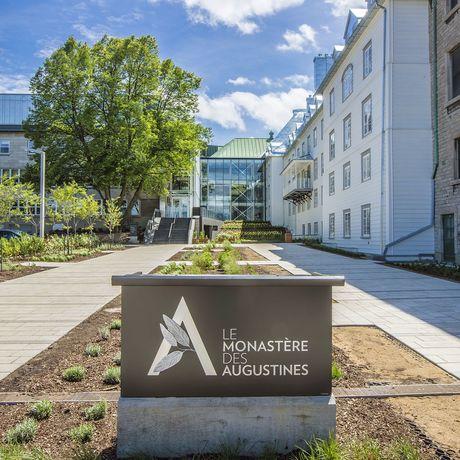 Le Monastere Des Augustines