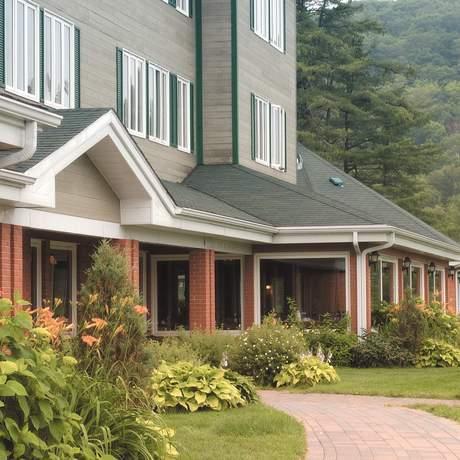 St.-Alexis: Hotel Lac A L' Eau Claire