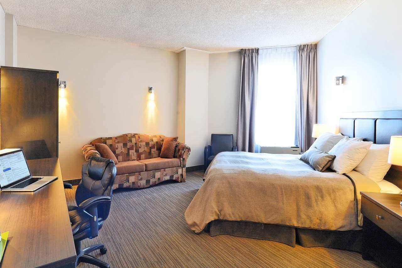 Hotel quebec hotel du jardin canusa for Hotel du jardin