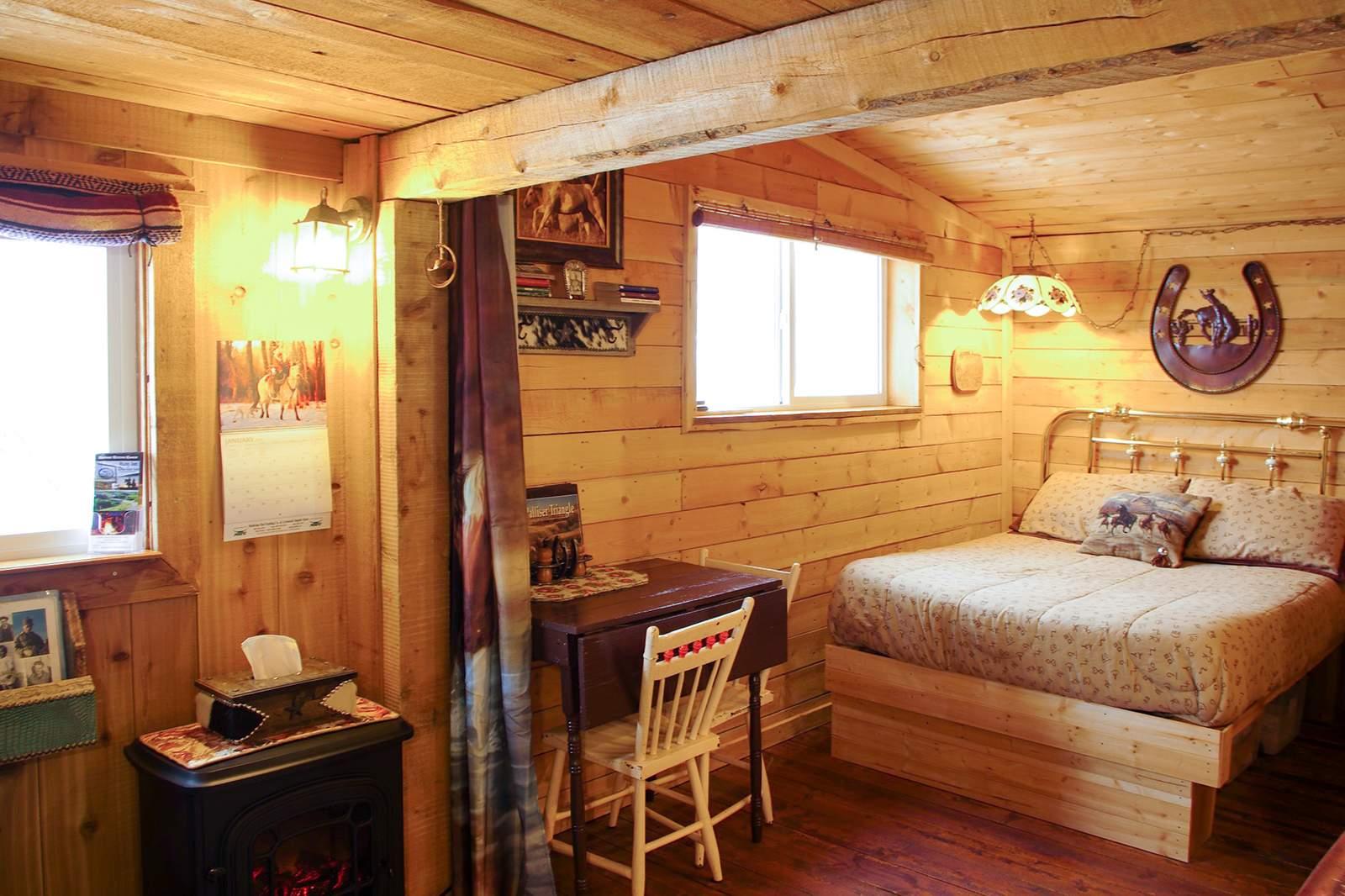 Cowboy's Cabin