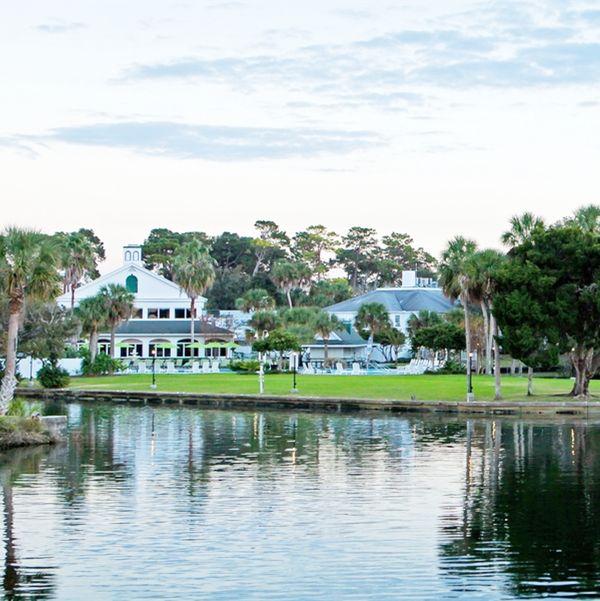 hotel florida plantation on crystal river canusa. Black Bedroom Furniture Sets. Home Design Ideas
