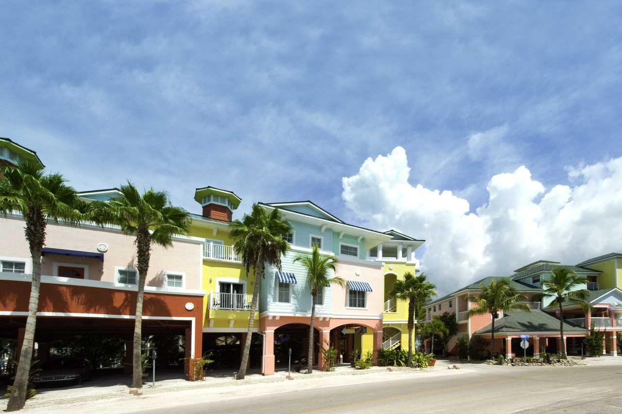 The Lighthouse Resort Inn Suites Fort Myers Beach Florida