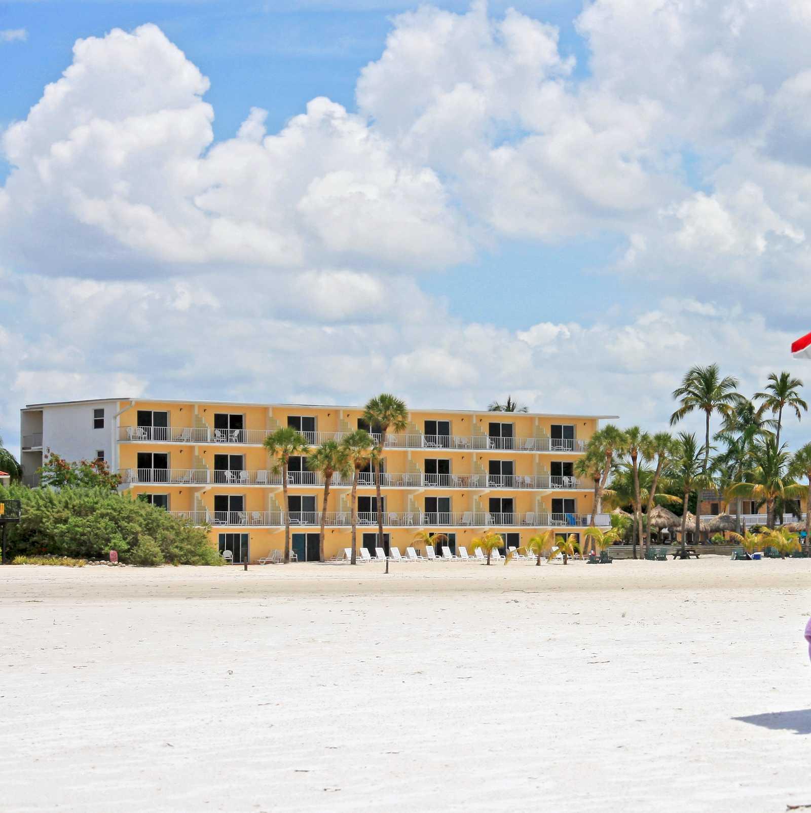 Hotel, Florida: Outrigger Beach Resort   CANUSA