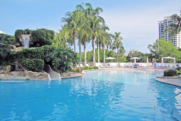 Waldorf Astoria Naples Grande Beach Resort