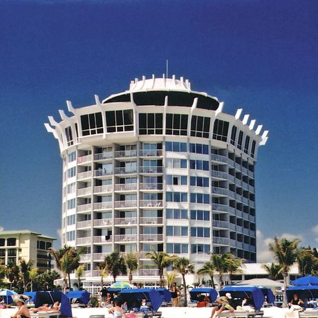 Grand Plaza Hotel & Beach Resort