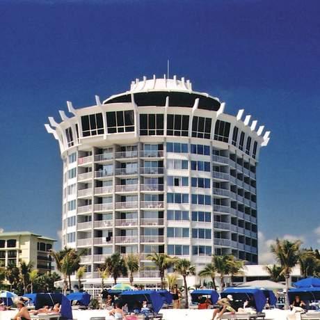 Grand Plaza Hotel & Beach Resort