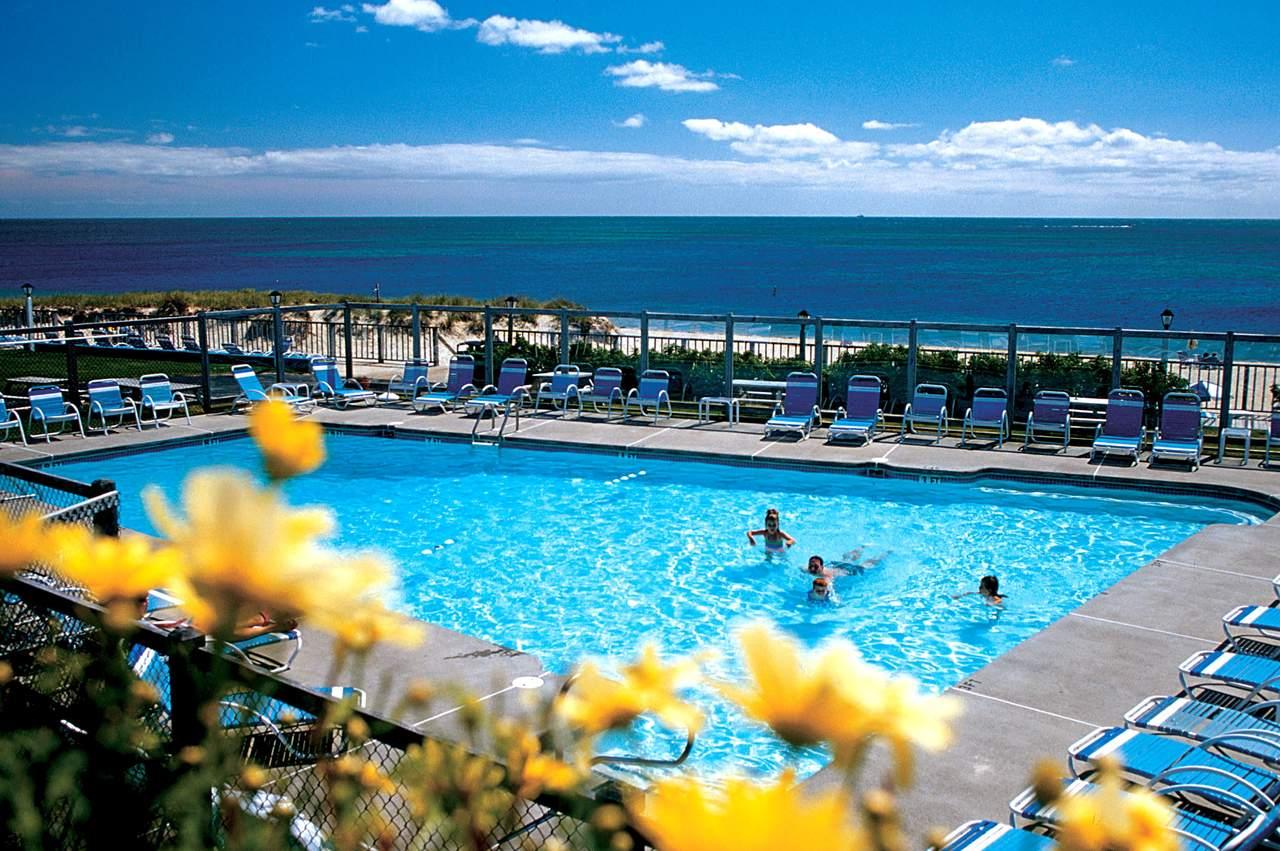 Hotel Massachusetts Blue Water Resort Canusa