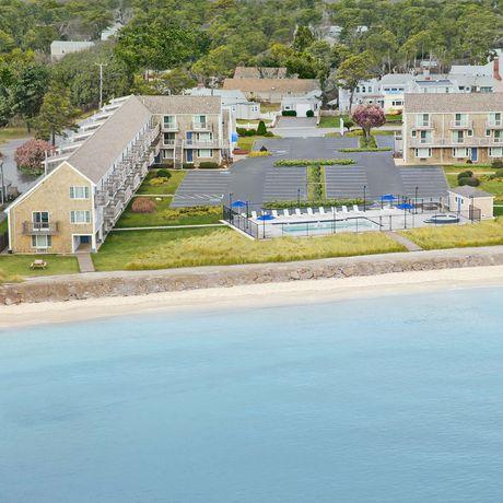 Ocean Mist Beach Hotel & Suite