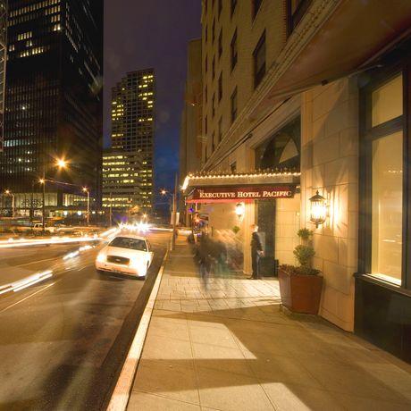 Executive Pacific Plaza Hotel