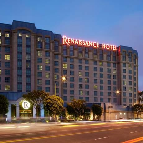 Airport Renaissance Hotel