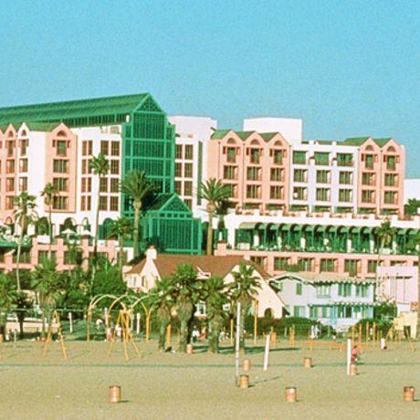 Loews Beach Hotel