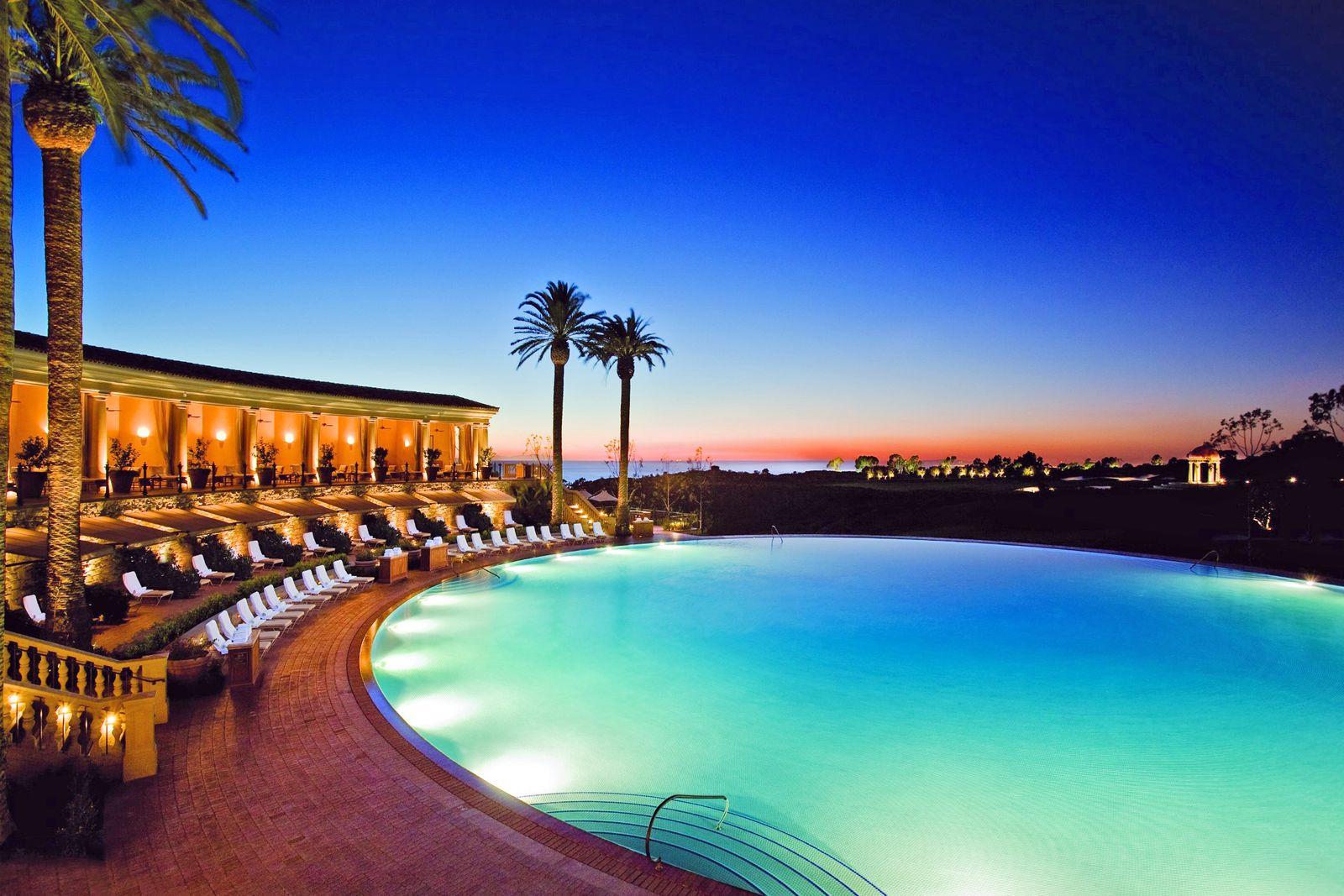 Resort Pelican Hill Villas