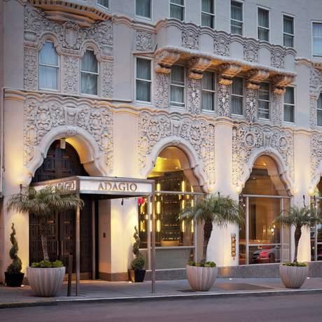 Adagio Hotel