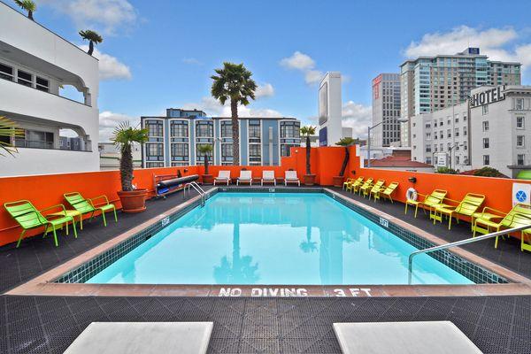 hotel mit swingerclub freundschaft plus kostenlos anschauen