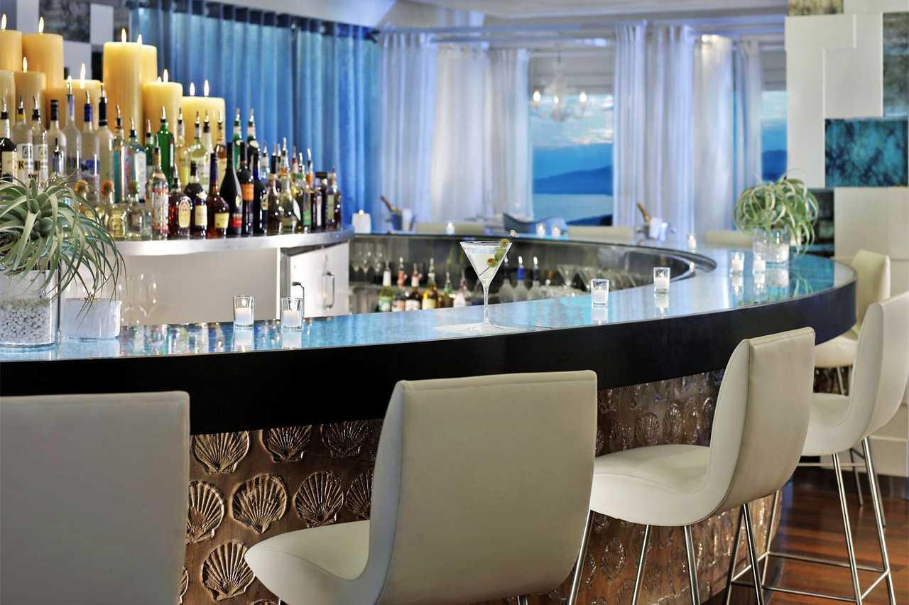 Santa Monica Beach Huntley Restaurant